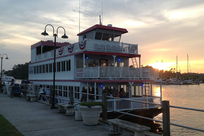Take a Cruise on the Barefoot Princess Riverboat!