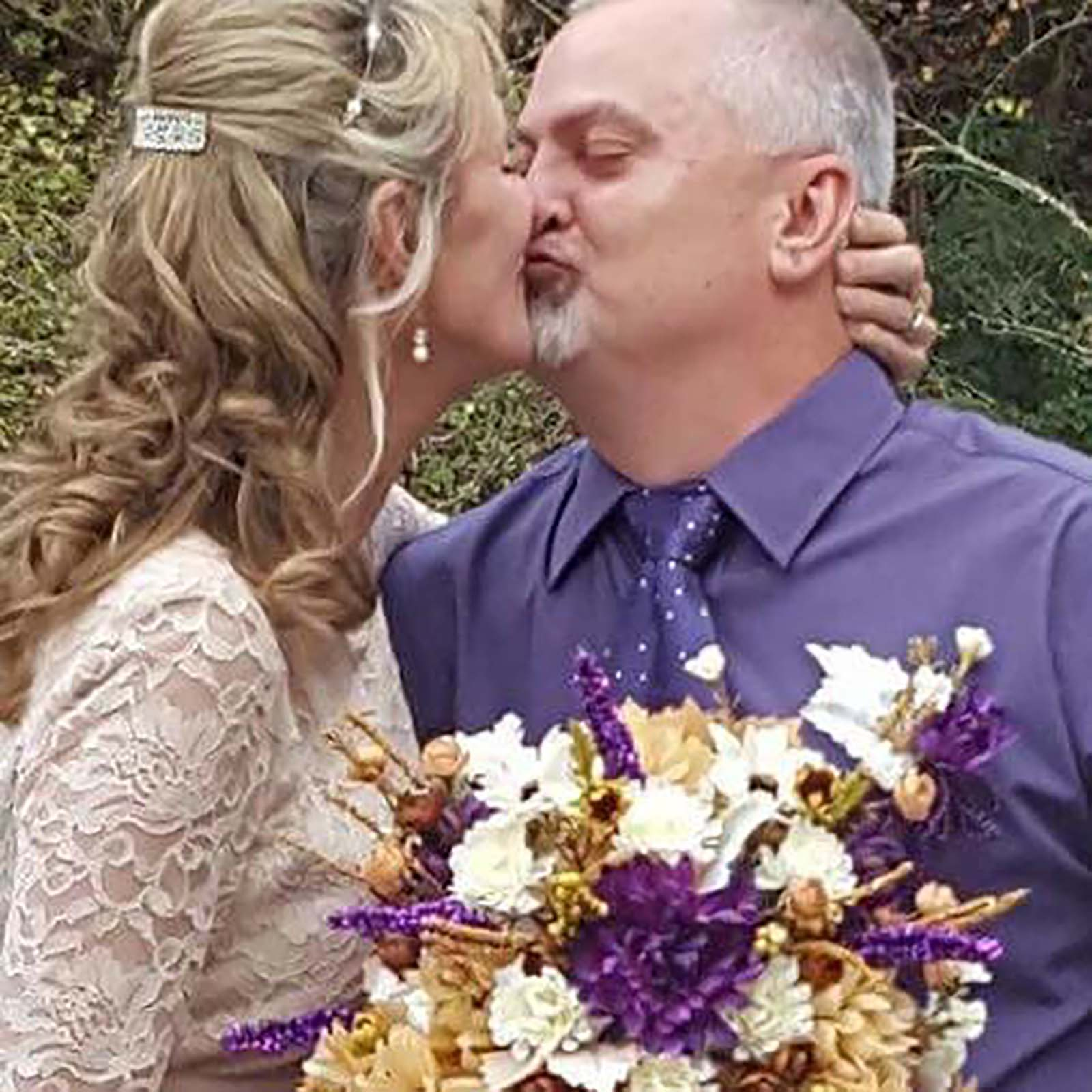 Couple just got married kissing