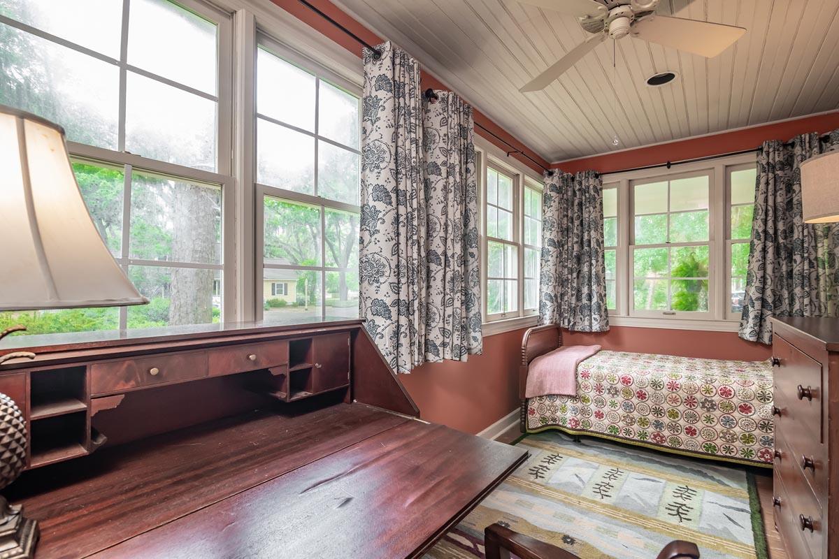 Oak Grove Cottage Grand Strand Retreat
