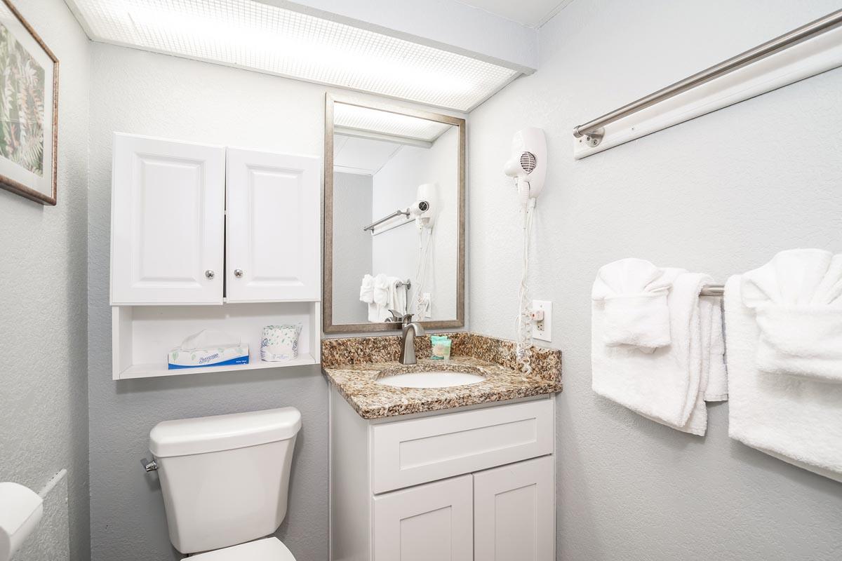 Bridgewater Deluxe 1 Bedroom Suite Grand Strand Retreat