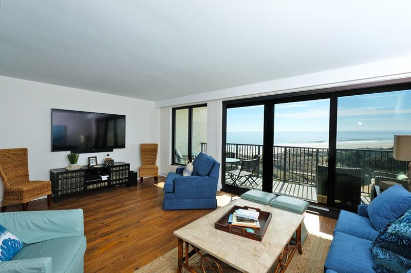Sandpiper - A- 2E Hotel & Resort