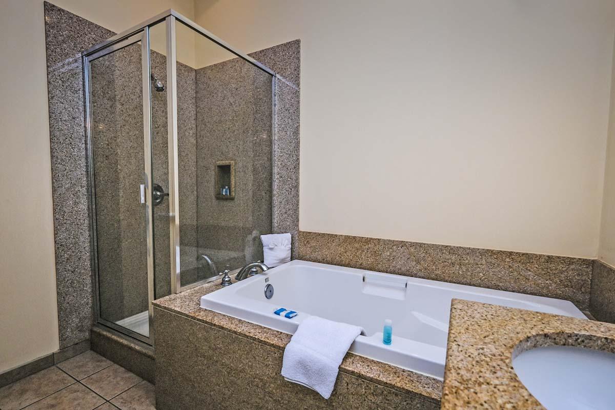 Seaside Inn 2 Bedroom Suite Vacation Rentals