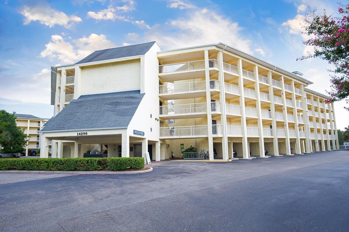 Summerhouse 1 Bedroom Suite Myrtle Beach,SC