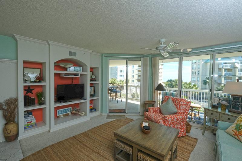 Whitney Parrish - 204 Hotel & Resort
