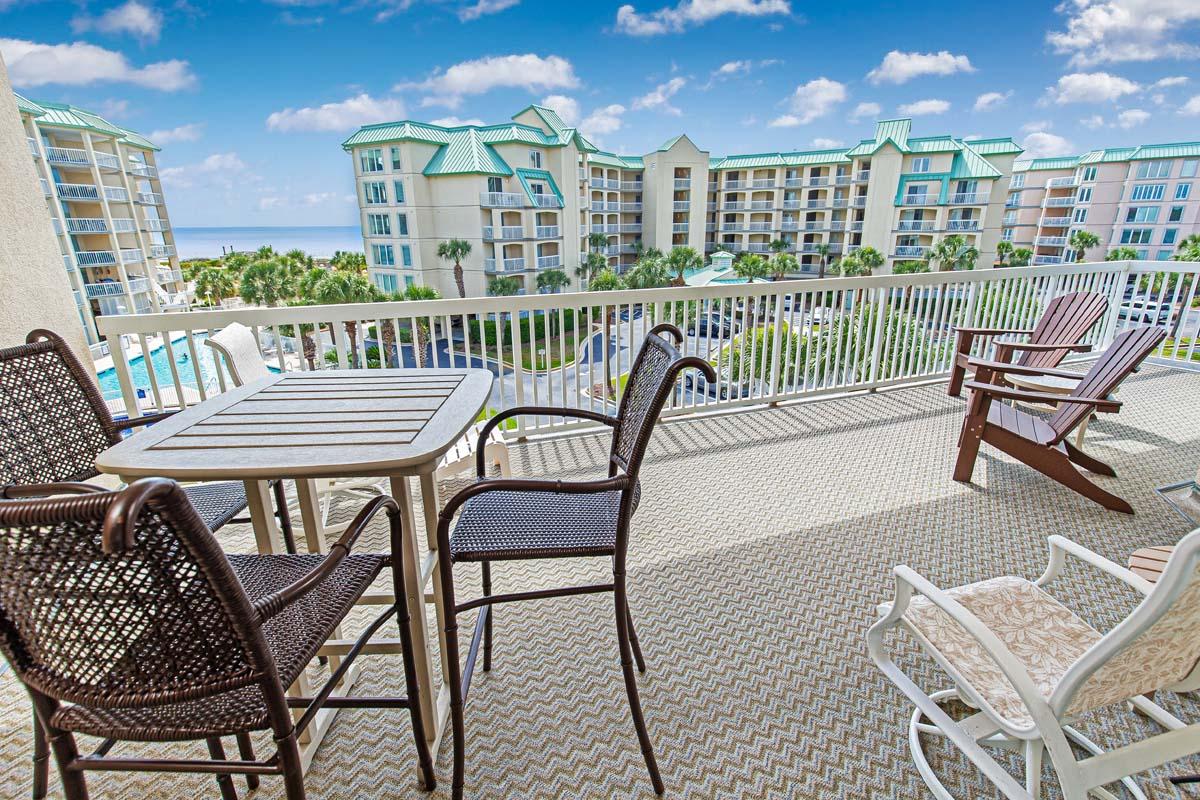 Whitney Parrish - 304 Hotel & Resort