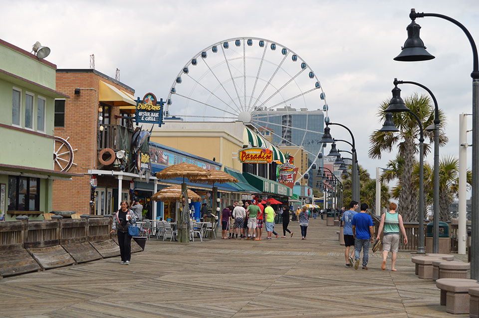 Seafood and Shaggin on the Boardwalk This Fall