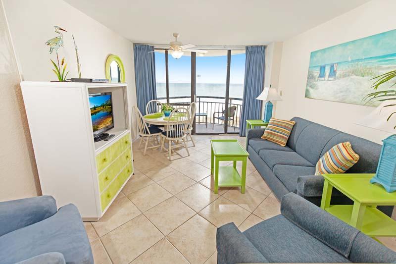 Ocean Front Double - Meridian Plaza 503