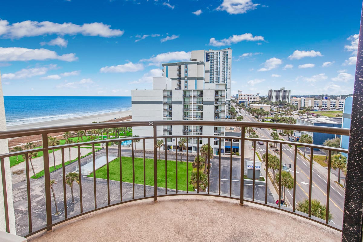 Meridian Plaza 808 Hotel & Resort