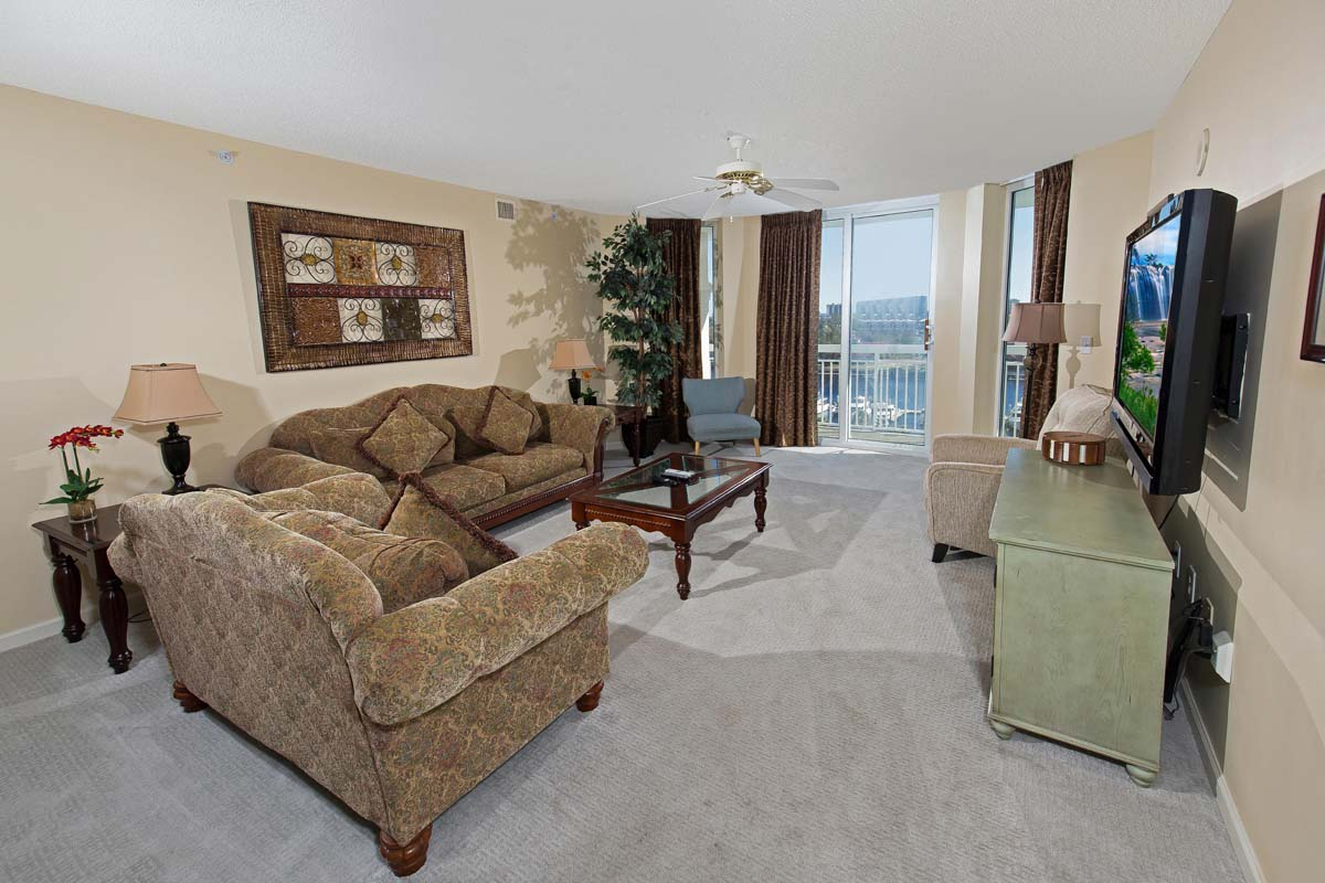 North Tower - 906 Hotel & Resort