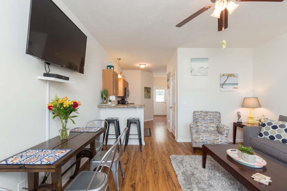 Gulfstream Cottages - 344 Hotel & Resort