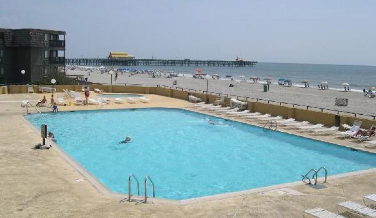 Maisons Sur Mer Hotel & Resort