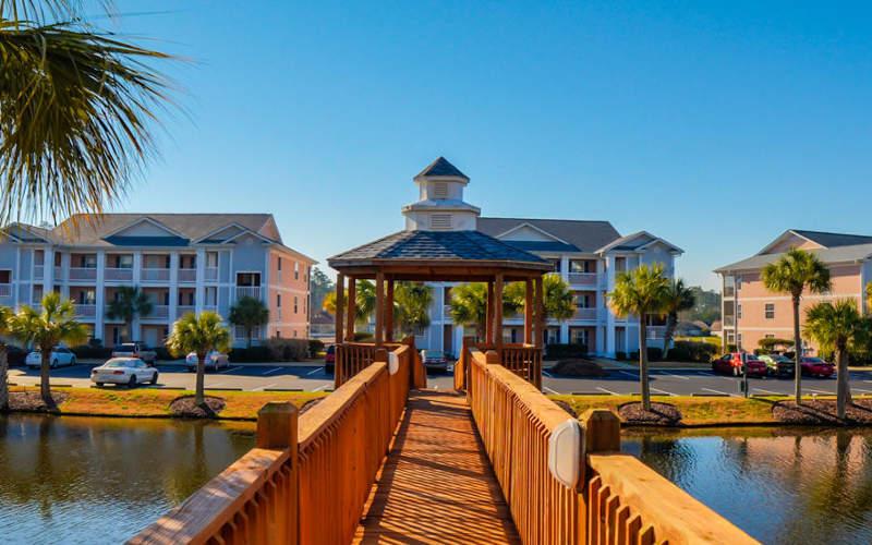 River Oaks Resort