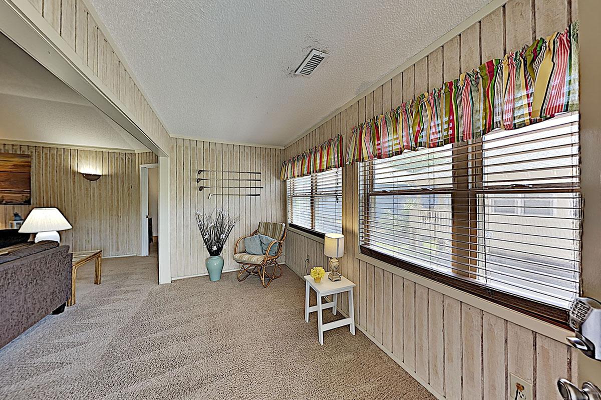 Guest Cottage 57 Condo Rentals