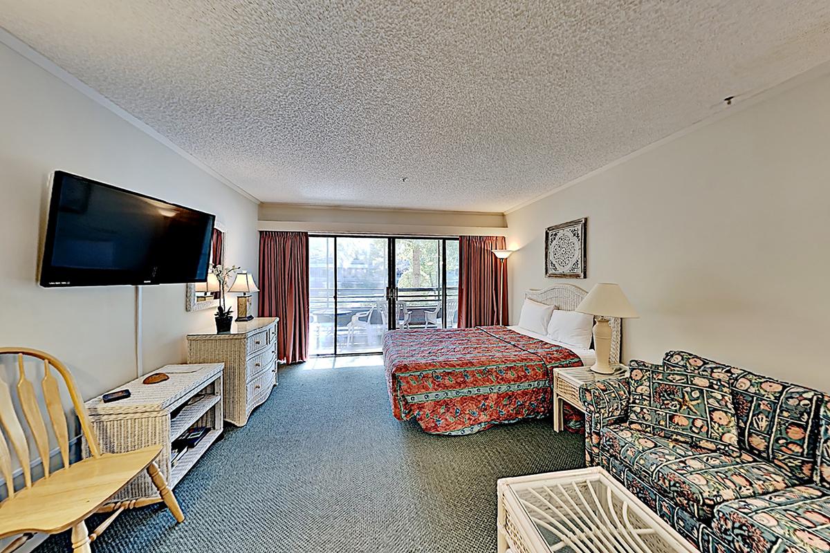 The Lodge at Ocean Creek 2128 Hotel & Resort
