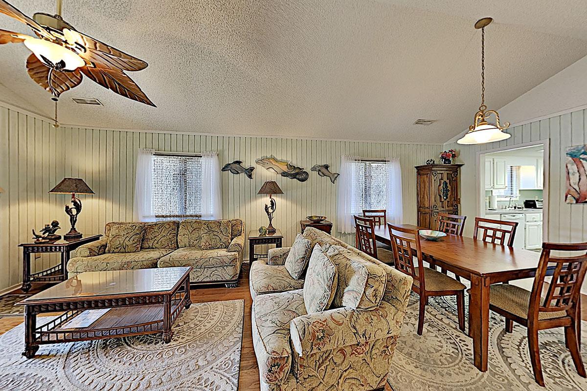 Summer Cottage 9 Condo Rentals