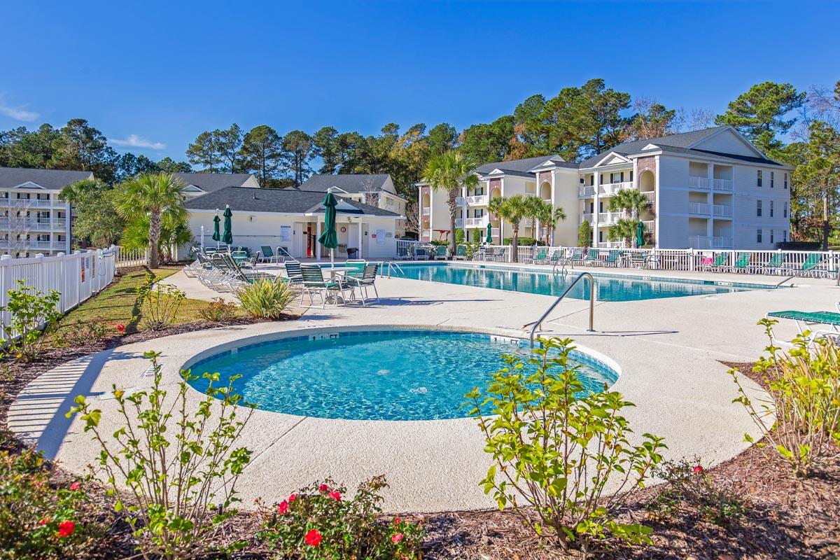 River Oaks Golf Villas